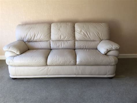 Sofas On Gumtree by 2 X Leather Sofas In Stonehaven Aberdeenshire