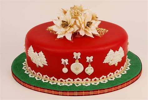images of christmas cakes the best christmas deserts recipes happy new year 2015