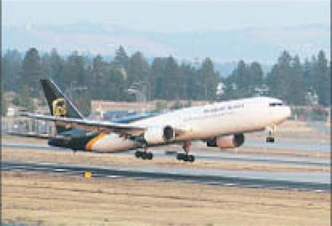 air cargo volume climbs at spokane airport gt spokane journal of business