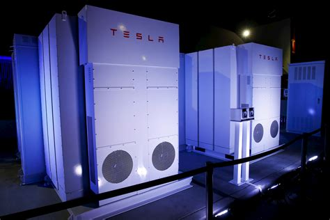 Who Makes The Tesla Battery The Real Market For Powerwall How The Tesla Powerwall