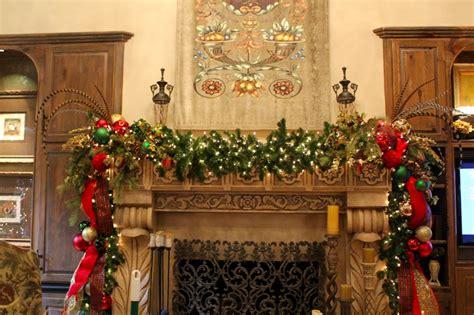 holiday decorating inspiration and ideas 30 pics decor advisor 30 most popular traditional christmas decorations ideas