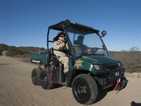 Oc Sheriff Search The Badge Ocsd Search Rescue Unit Keeps Skills Sharp At Mock Hiker Rescue