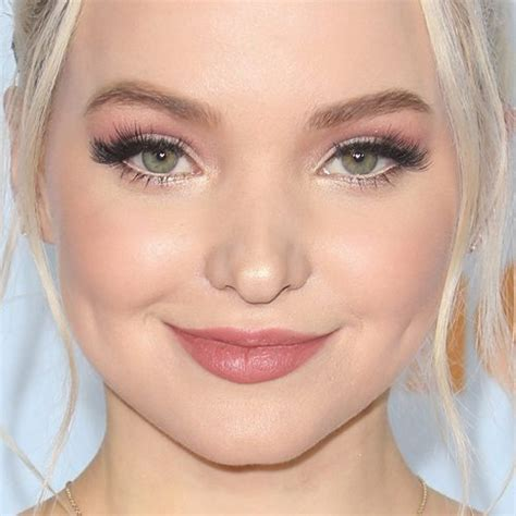 dove cameron eye color dove cameron makeup black eyeshadow gold eyeshadow