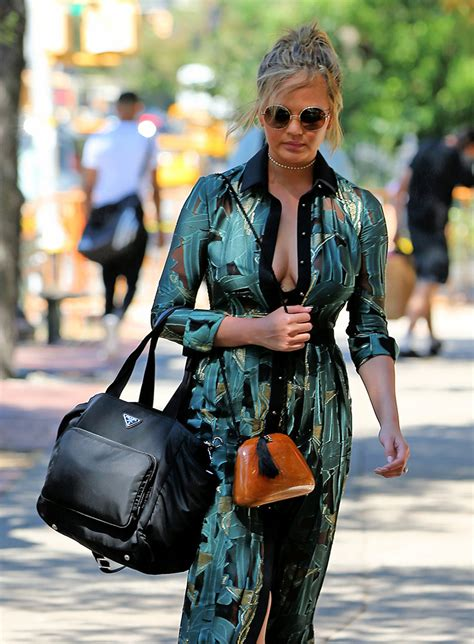 Handbag Report Here She Goes Again Stella Mccartney To Design For Lesportsac Second City Style Fashion by Spotted Bags September 2 N