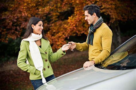 alquiler de coches en el de santa consejos para alquiler de coches en semana santa