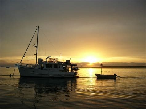 boating license gold coast sunset at the bedrooms gold coast broadwater sunset