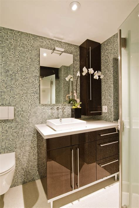 Bathroom. Beautify The Bathroom With Fashionable