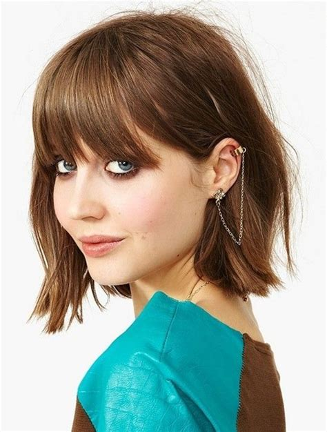 choppy bob haircut with fringe a playful choppy bob with bangs on the fashion time http
