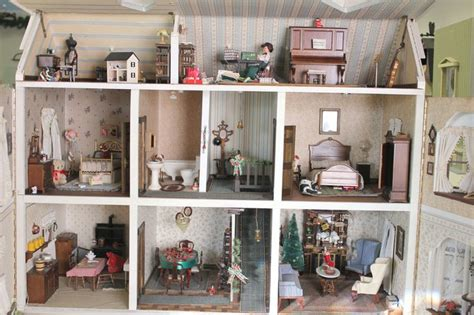 doll house minitures miniature dollhouse wallpaper wallpapersafari