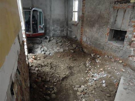 demolizione pavimento vespai areati