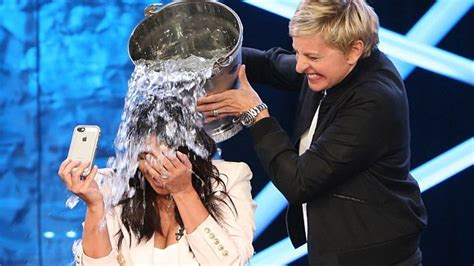 ellen degeneres kim kardashian ice bucket challenge kim kardashian takes ice bucket challenge on ellen