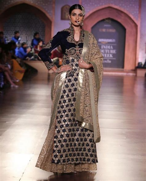17 best images about reynu taandon india couture week 15