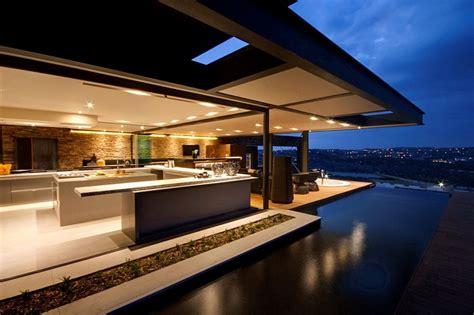 lavish house reinterprets the classic bush lodge with