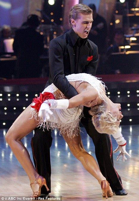 who was the blonde in dwts american idol host ryan seacrest finds love at last with