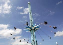 chair swing ride accident 16 injured in t in the park ride accident ride rater