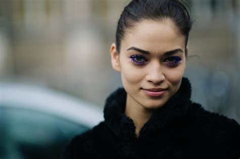 Fashion Week Fall 2007 Stella Mccartney And Hm New Home Line by Le 21 232 Me Shanina Shaik