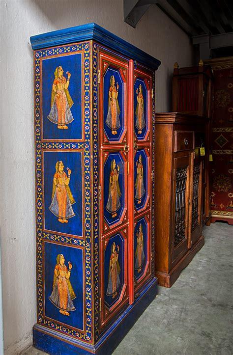 armadio indiano arredamenti bianco mobili etnici e mobili classici