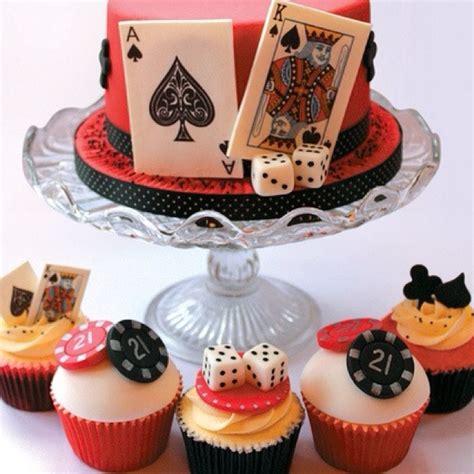 vegas themed cake decorations casino cupcakes casino theme casino and fiestas