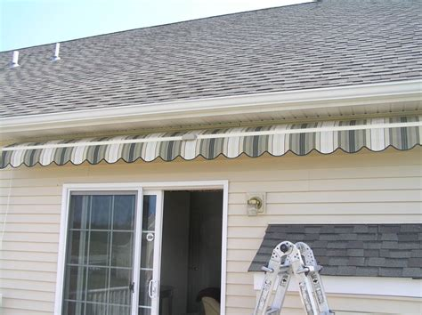 Installing Retractable Awning by Retractable Awnings