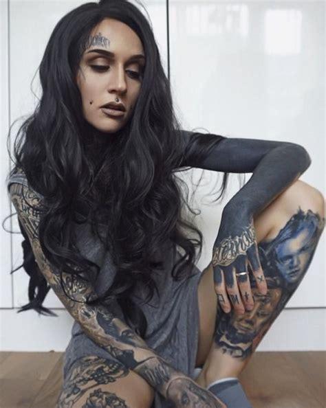 tattoo model rox instagram model monami frost photo instagram proper ink