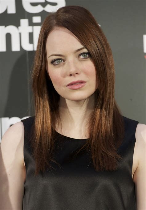 emma stone zimbio emma stone and will gluck attend easy a photocall in