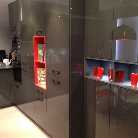 cuisine showroom showroom mobalpa cuisine avec niche