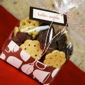 cookie gift wrapping ideas  fashioned families