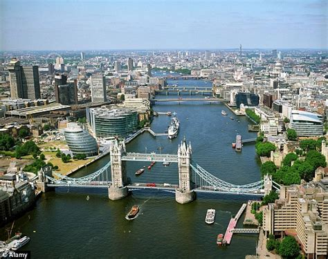 river thames quick facts london fitness breaks a jogging tour of the capital