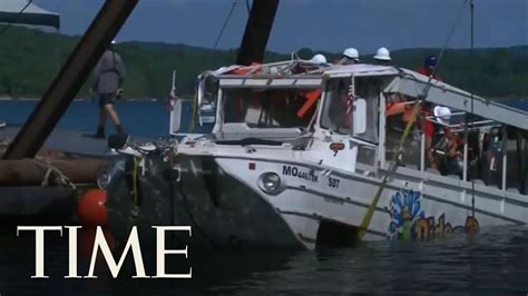 duck boat sank youtube officials raise branson duck boat that sank and killed 17