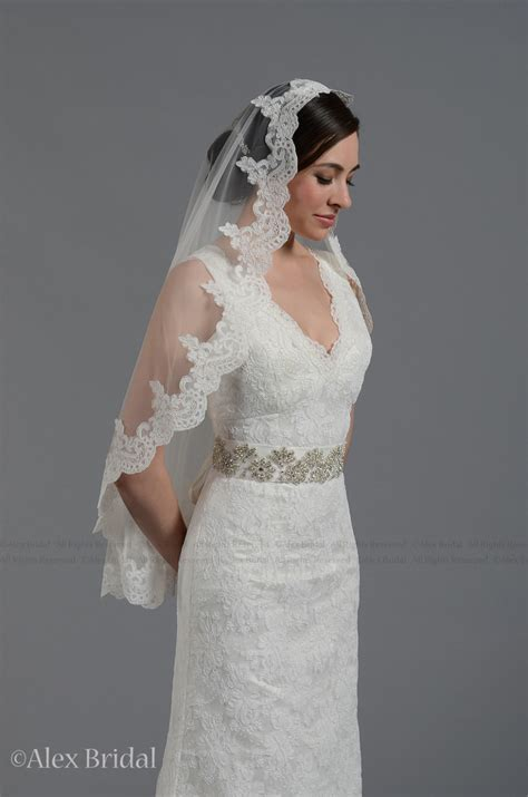 Handmade Wedding Veils - 30 gorgeous handmade wedding veils you can buy