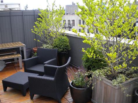 arredo balconi arredo balcone tante idee utilizzando piante cuscini e