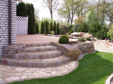 mattonelle per giardino prezzi mattonelle per giardini mosaici e mattonelle pavimento
