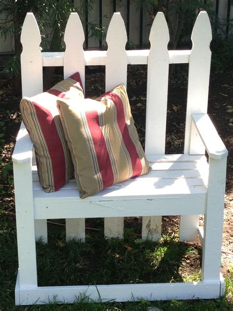 picket fence bench 1000 images about picket fence ideas on pinterest wood picket fence bird houses