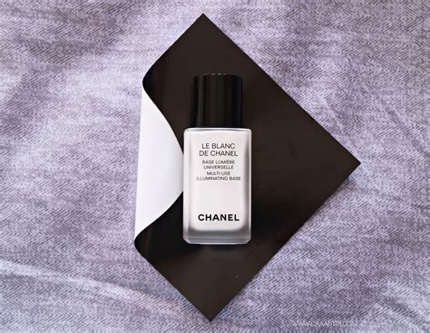 review base makeup le blanc de chanel