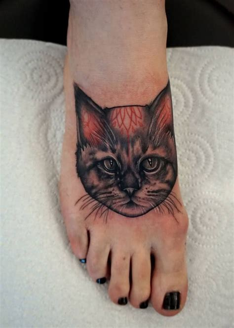 tattoo fixers cat face 25 best ideas about cat face tattoos on pinterest cat