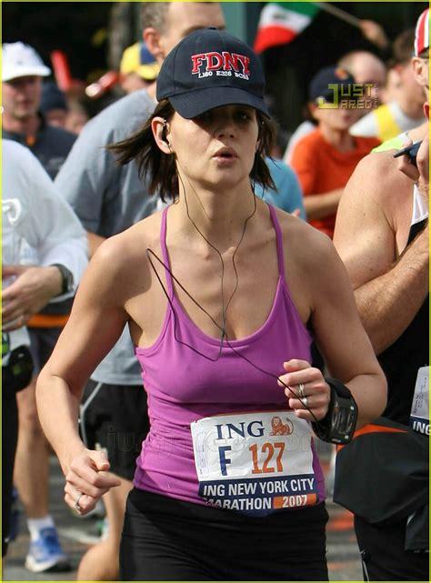Christinaelmoussa Full Sized Photo Of Katie Holmes Running Nyc Marathon 05