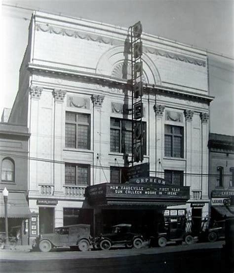 1 South Saginaw Pontiac Mi by Orpheum Theatre In Pontiac Mi Cinema Treasures