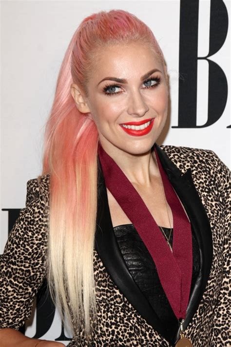 steal her look 1 classic donut hairstyle natural hair style more bonnie mckee hair photos bonnie mckee s hairstyles