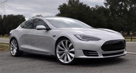 Tesla 4 Door Sedan Tesla Model S 4 Door Family Sports Car That S 100