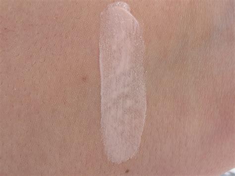 Revlon Pore Reducing Primer revlon photoready pore reducing primer review swatches