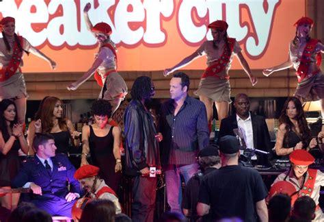 Wedding Crashers Quail Hunt by Bradley Cooper With Suki Waterhouse At Guys Choice Awards