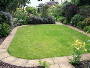 Ideas For Lawn Edging Landscape Edging Ideas And Options Hgtv