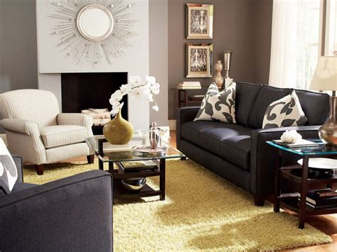 Decorating On A Budget Living Room by Living Room Decorating Ideas On A Budget