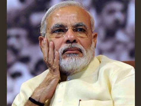 pm narendra modi  upset  social media oneindia