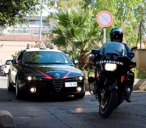 radio mobile provvidenziale intervento dei carabinieri nucleo