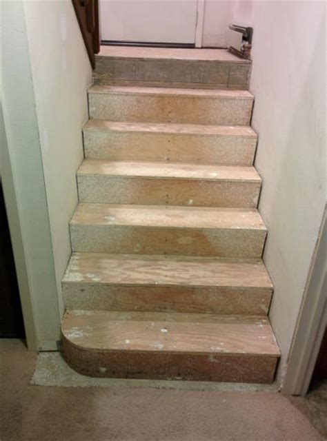 STAIR Treads   Riser Question: EXPANSION GAP Necessary