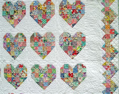 heart pattern bedding emily s heart quilt q is for quilter