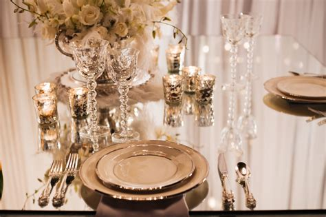 Vintage Wedding Table Decor by Great Gatsby Table Decor In The 1920s Were All