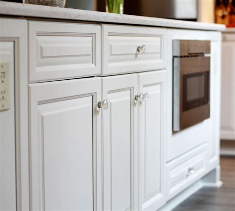 Fine Finish White Tinted Lacquer Cabinets Classic White Lacquer Kitchen Cabinets