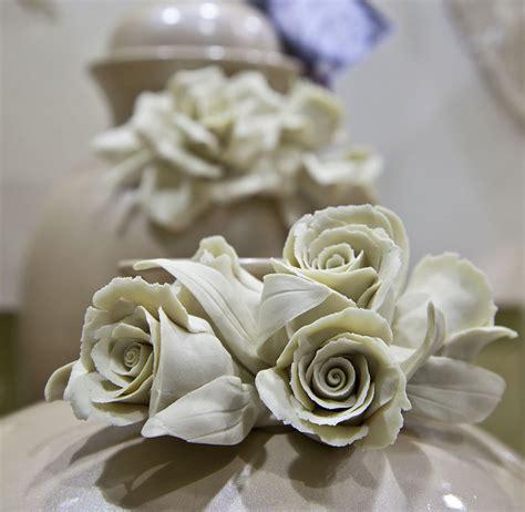 vasi capodimonte prezzi laboratorio artigianale di ceramica artistica porcellana e